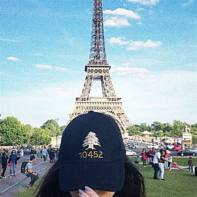 Hey @10452dna you made it to  paris 😉 thank you @karen_abk for this great... (Eiffel Tower, Paris)