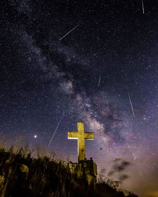 On August 12 we had the Perseids meteor showers and the region of Laqlouq... (El Laqloûq, Mont-Liban, Lebanon)