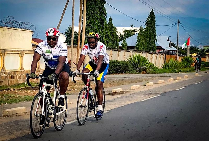 Fellow cyclist 🌄🚵☀️ cycling  cycle  cyclist  cyclingphotos  africa ... (Bujumbura, Burundi)
