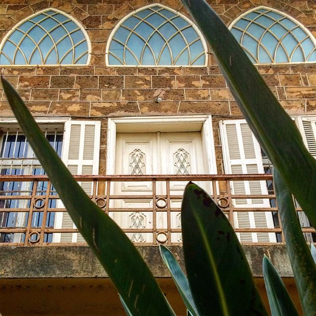 Old but Gold✨✨ photography  architecture  old  lebanese  house  gemmayzeh... (Beirut, Lebanon)