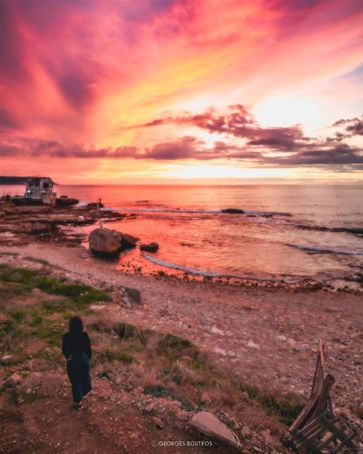 Birthday colors❤️-- birthdaygirl  sunset  lebanon  canonme  photography... (Enfé, Liban-Nord, Lebanon)