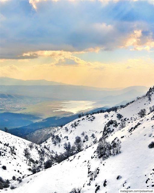 Snowy Mountains & Sunny Shores!  Lebanon..... beautifuldestinations... (Arz el Bâroûk)