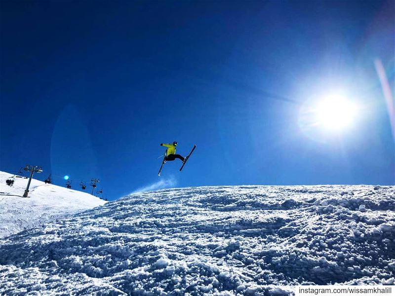 People weren't made to fly, that's why we make kickers ⛷️ lebanon ... (Mzaar Ski Resort)