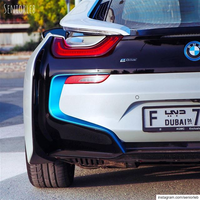 I love the back end design of the i8 ⚡️ ———————————————————————  bmwi8  i8... (Dubai, United Arab Emirates)