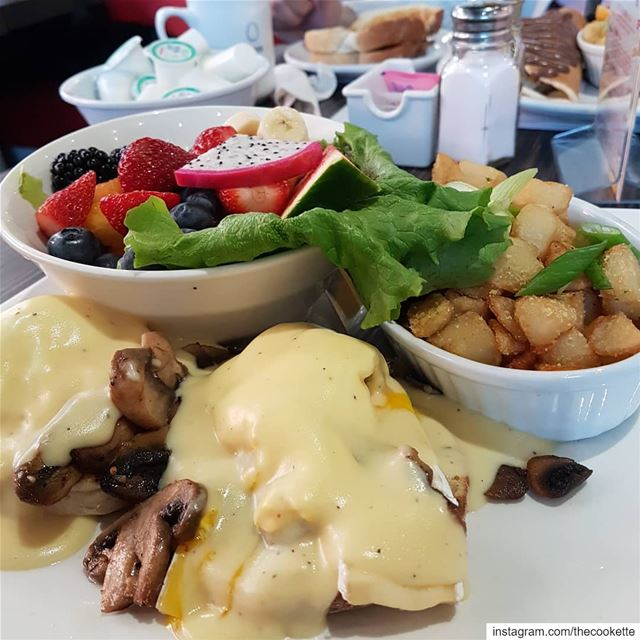Are you More an Egg Benedict kind of person or the stuffed chocolatey... (Greater Montreal)