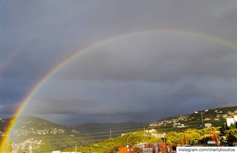 picoftheday  saturday  rainbow  rain  view  nature  naturephotography ... (Jamhoûr, Mont-Liban, Lebanon)