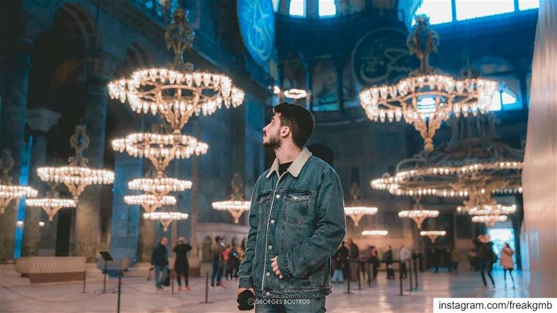 Lights ✨--  canon  canon_photos  beautifuldestinations ... (Hagia Sophia Museum)