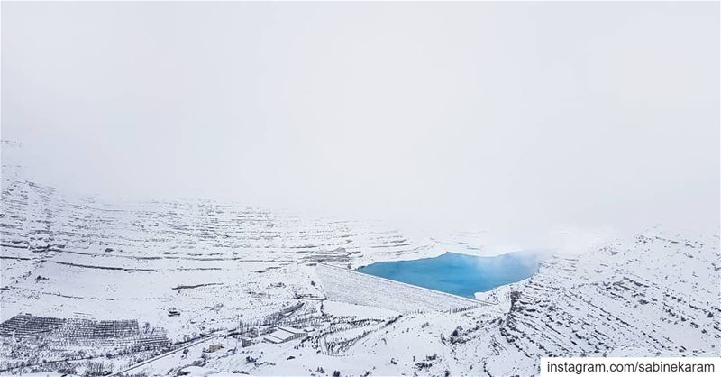 lebanon  mountains  scenery  snow  minimalmood  minimalism  minimal ...