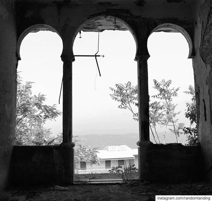 """Old houses are full with memories and that's why they resist to collapse""... (Bhamdoûn, Mont-Liban, Lebanon)"