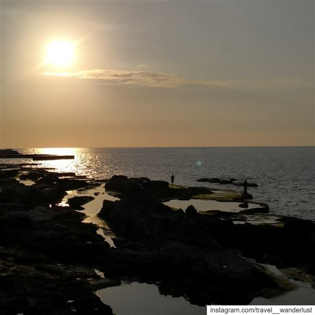 Moments like sun-fishing.--- TakeMeTo  Lebanon  Beirut  AinelMreisseh ... (Beirut, Lebanon)
