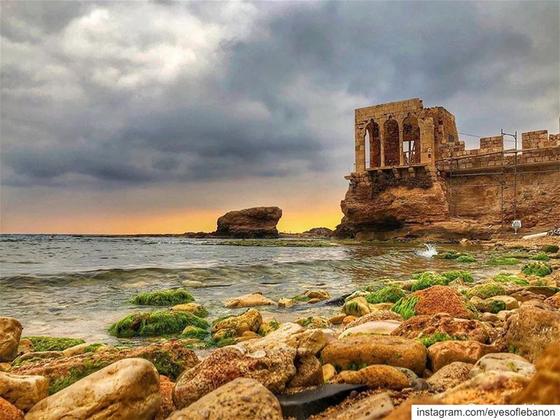 مغيب الشمس من البترون Sunset time from Batroun 😍Credits to @georgesissa... (Bahsa-Batroun)