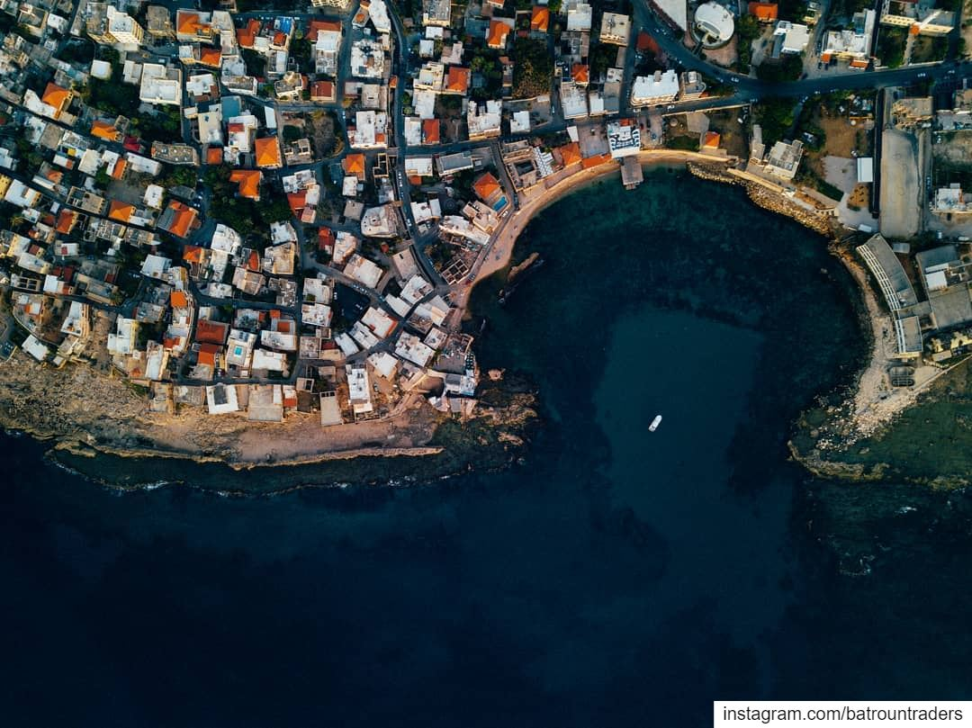 batroun  البترون_سفرة  bahsa  bay  beach  phoenician  wall  old  city ... (Batroûn)