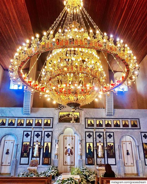 Pray 🙏🏼..... church  chandelier  light  blessed  icon  douma ... (Douma, Liban-Nord, Lebanon)