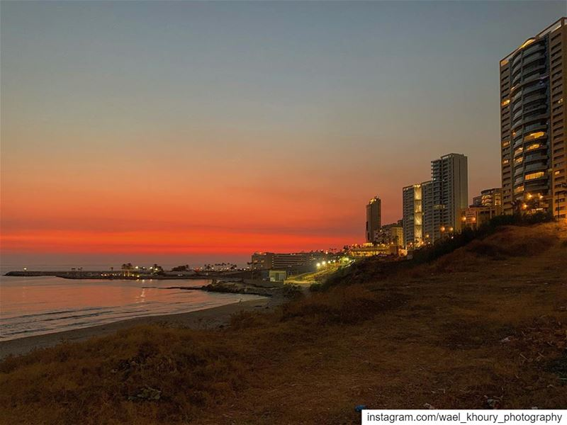 amazing  sunset  landscape  view  travel  lebanon  sea  sky  beachWhy... (Ramlat Al Bayda', Beyrouth, Lebanon)
