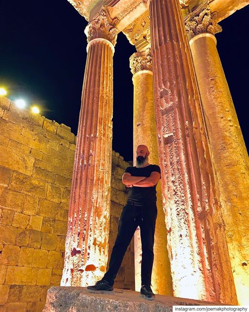 Some ruins of ancient times are much more beautiful than the best... (Baalbek , Roman Temple , Lebanon)