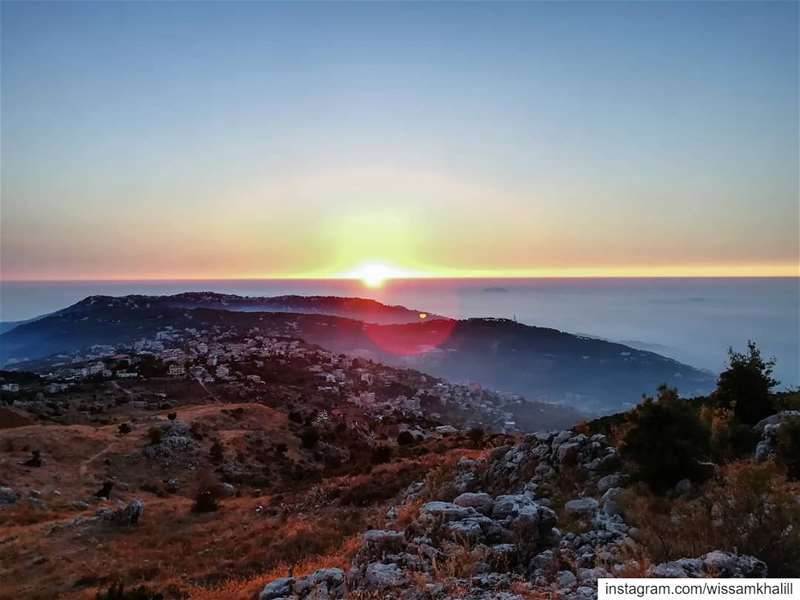 Sunset in my country 🇱🇧🌄 lebanon  lebanonlovers  sunset ... (Lebanon)