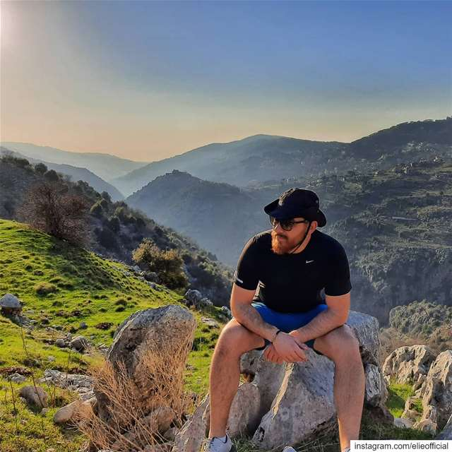 close to heaven down to earth🌎⛰️.... hiking  hike  mountains  live ... (Lebanon)