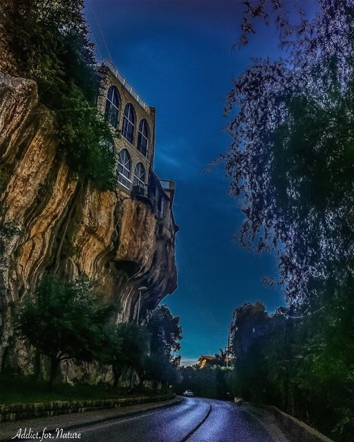 Moonlight view of La Creperie Restaurant - Lebanon (La Creperie)