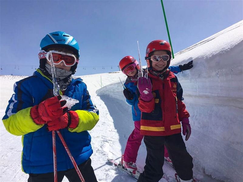 Did someone say popsicles?  FlyingFrog  FlyingFrogCo  ski  school  snow ... (Faraya Mzaar)