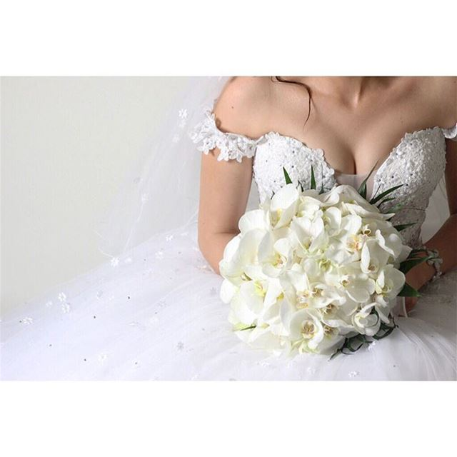 👰💐 The big day!  wedding  weddingday  bride  flowers  brideportrait ...
