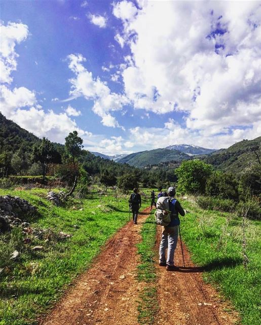 Saturday hike to  Kobayat 👨🏼‍🌾👩🏻‍🌾In love with our country 🇱🇧🇱🇧� (`Akkar, Liban-Nord, Lebanon)