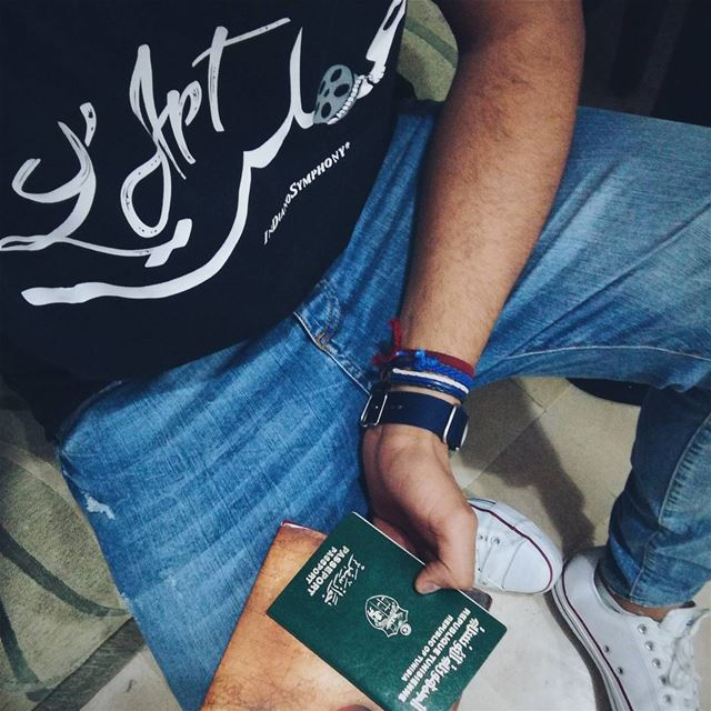 عملت L'art 📷😁 Beirut i'm Coming  InDianoSymphony  Shirt  newcollection ... (Aéroport International Tunis-Carthage)