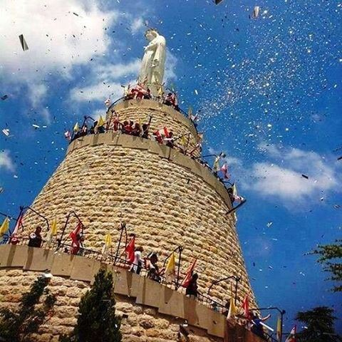 Welcome May 🌹🌹🌹blessed our lady of Lebanon day 📿📿📿Happy Labour's... (The Lady of Lebanon - Harissa)