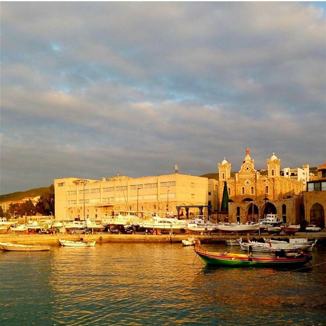 batroun  sunset  mina  marina  port  fishingboat  sailingboat  fisherman ... (Mina Batroun)