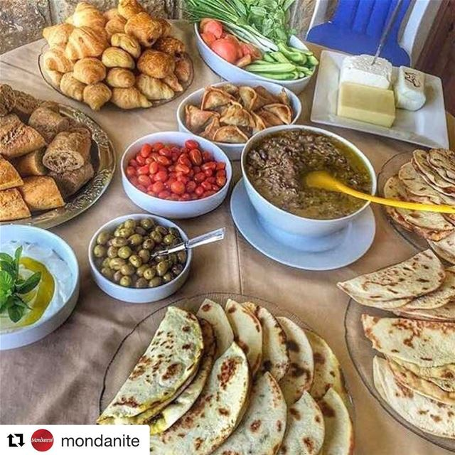 Repost @mondanite with @repostapp・・・Photo: @styleinbeirutIt's Sunday,...