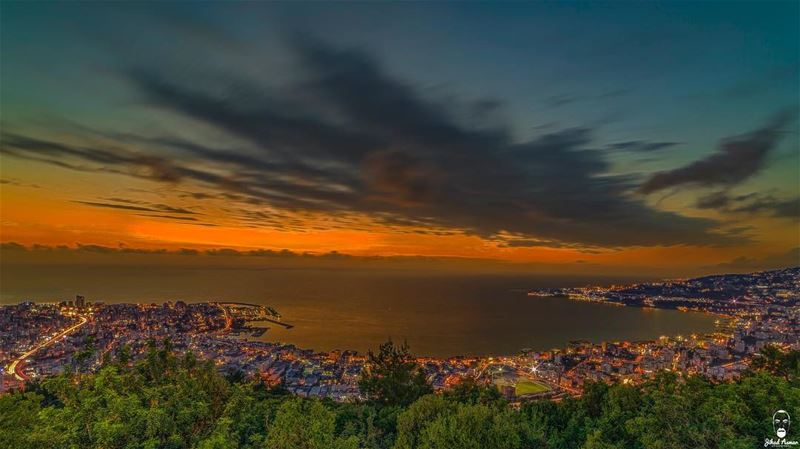 Sunset view from above @livelovejounieh @harissa_lebanon @lebanoninapicture