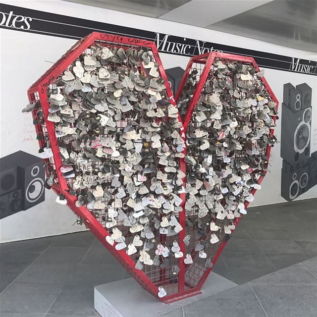 LOVE LOCKS IN AMMAN! ♥️ What I assume is a Jordanian appropriation of the... (The Boulevard)