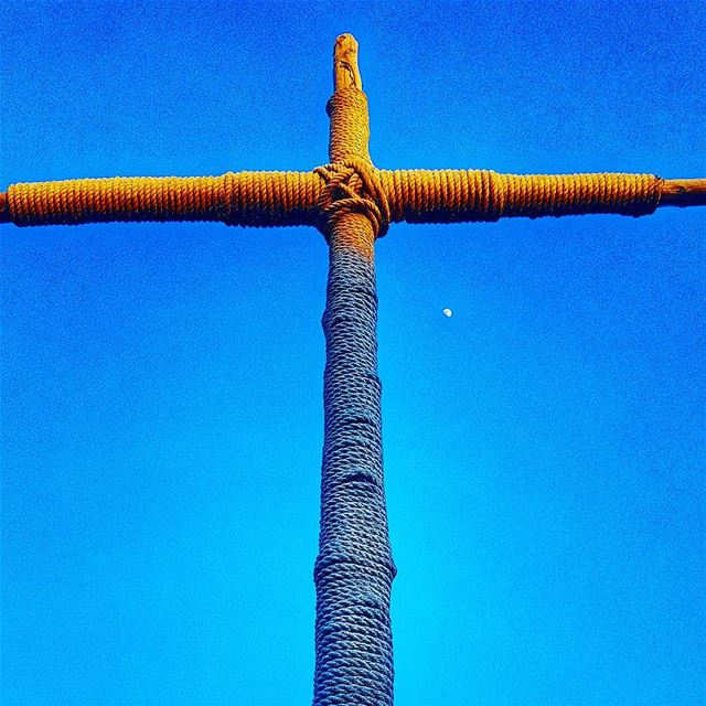 A cross and the moon  moon  day  daytime  cross  mountains ... (Mazraat El Dahr)
