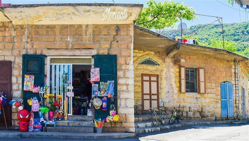 amateurphotography amateurphotographer heritageday heritage composition... (Douma, Liban-Nord, Lebanon)