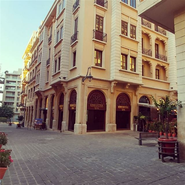Deserted street in Beirut downtown livelovebeirut livelovelebanon ... (Beirut, Lebanon)