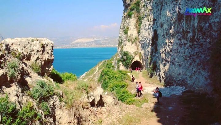hiking  explorelebanon  picoftheday  livelovelebanon  naturephotography ... (Hamâte, Liban-Nord, Lebanon)