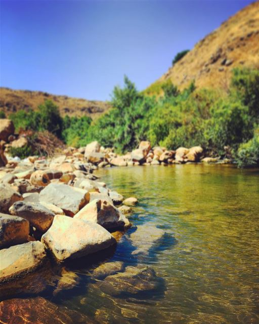 The Wazzani river forms a natural border between Lebanon and Israel. The... (Wazzani - Hosn el Wazzani)