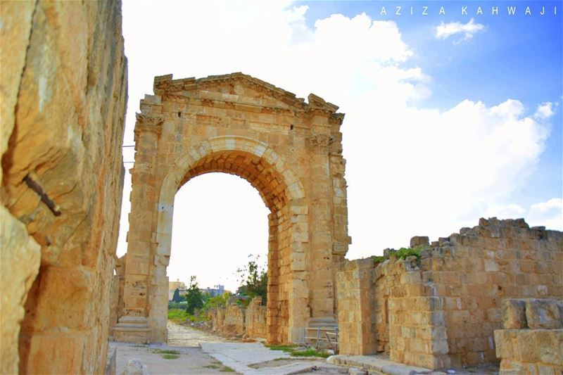 Arc De TriompheDon't wait for opportunity...Create... (Roman ruins in Tyre)