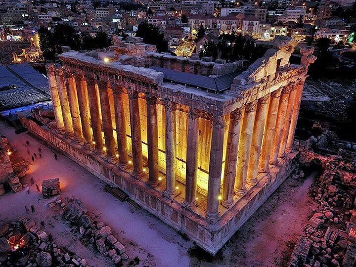 Good night from Baalbeck ❤️❤️❤️Proud to be Baalbaki ;) Proud to be... (Temple of Bacchus)