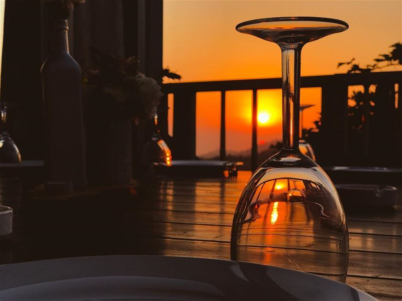 Life is better with a glass of wine and a sunset😌🍷 🌅 ... (El Kfoûn, Mont-Liban, Lebanon)