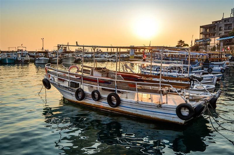 .Enjoying the beautiful Sunset moments | The old port of Byblos ... (Byblos, Lebanon)