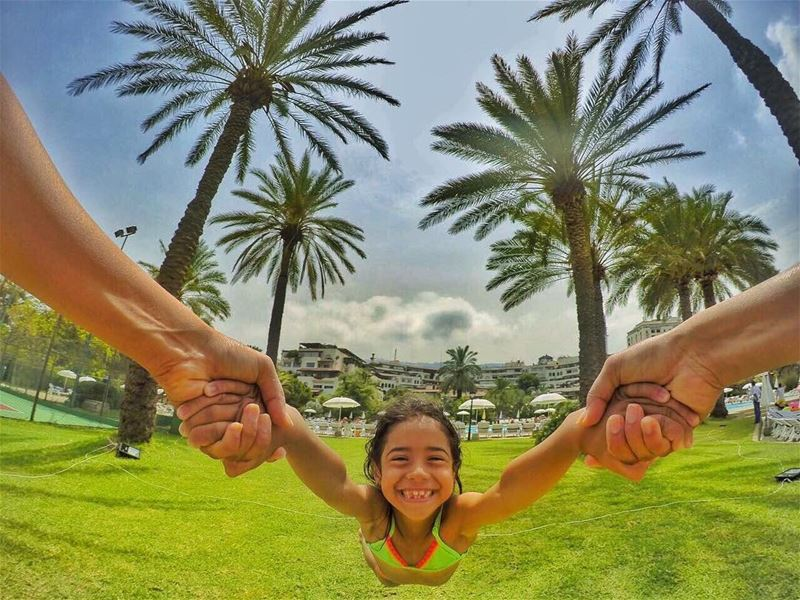 Aunt: like a mom, only cooler 😎........ gopro  selfiepelomundo ... (Portemilio Hotel & Resort)