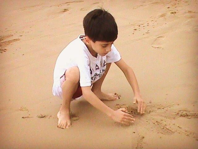 Ghady mon 💛  drawing summer beach childhood sable plage playtime sea...