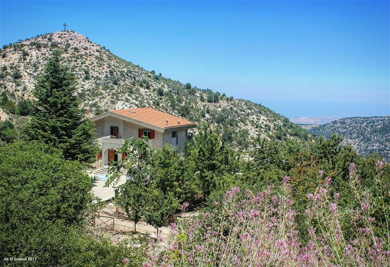tb  sunday  hiking  villa  house  lebanese  sky  nature ... (Ehden, Lebanon)