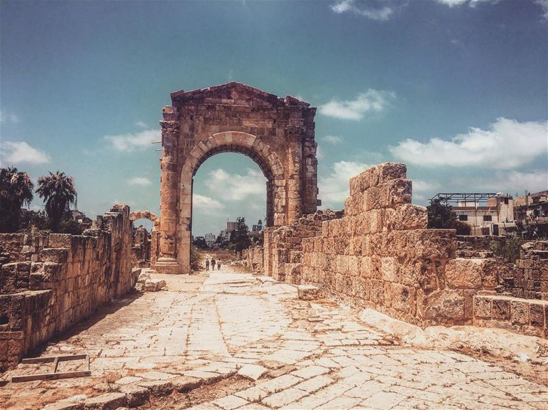 tyre  lebanon  south  roman  ruins  livelovelebanon  livelovetyre ... (Tyre District)