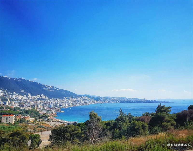 tb  jounieh  gulf  sky  sea  mountains  nature  lebanon  summer ... (Joünié)
