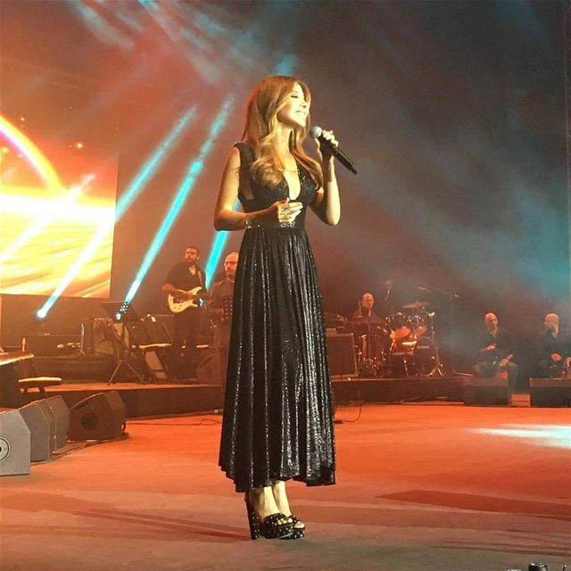 2 big stars in one night 🇱🇧😍  livelovebeirut  nancyajram  nancy ... (Zahlé, Lebanon)
