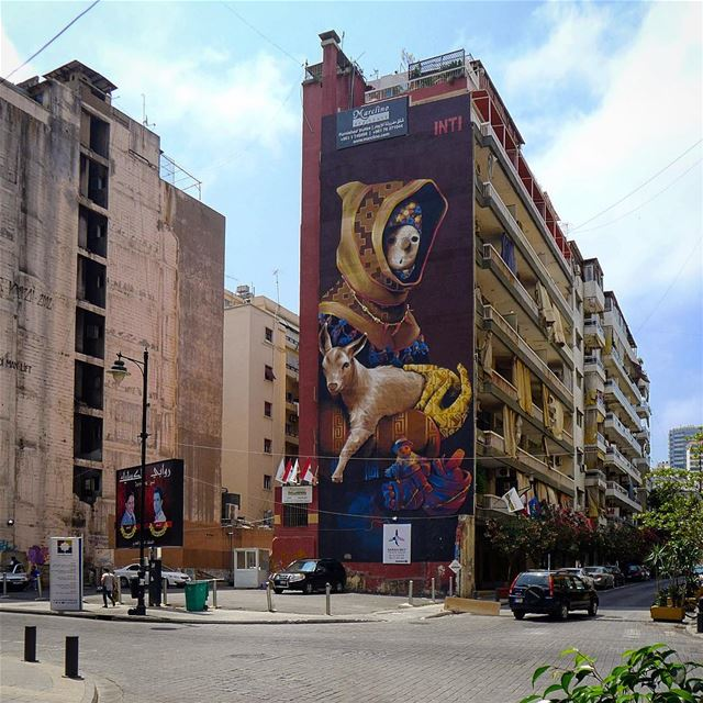 ...when arts give a new perspective to a street...@inti_cl ❤️💕... (Hamra street , Beirut - شارع الحمرا ، بيروت)