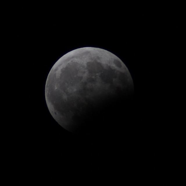 eclipse  moon  sky  night  canon600d  canon  lastnight  nofilter ...