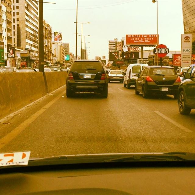 Traffic Jam 🚗 Arabic music George Wassouf 🎶  onlyfiliban  lebanon  cars ... (Beirut, Lebanon)