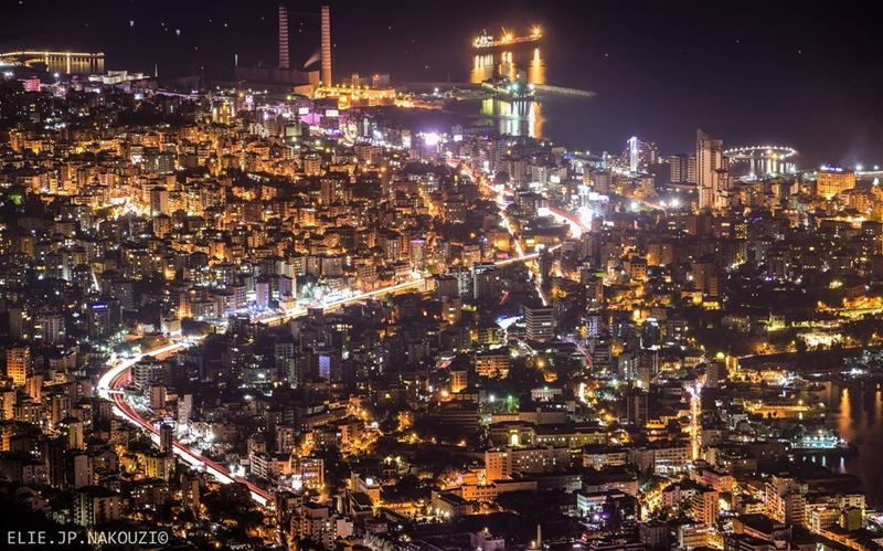 Imagine being able to hear everyone's thoughts.. nikon  night  city ... (جونية - Jounieh)